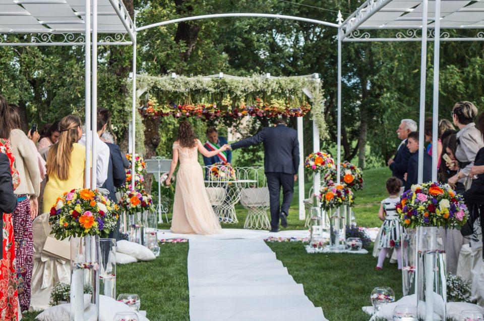 Organizza il tuo matrimonio all'aperto